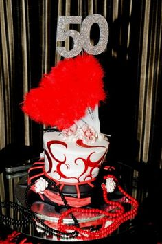 Look at this cake for the Moulin Rouge party