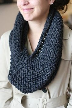 Infinity scarf pattern. Need to try this!.