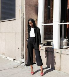 50 Minimalist Fashion Outfits to Copy This Season | StyleCaster