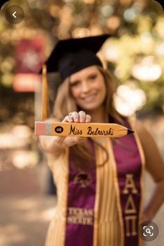 May 2019 - Austin Photographer College Senior Pictures, College Graduation Pictures, Graduation Picture Poses, Graduation Photoshoot, Grad Pics, Graduation Ideas, Grad Pictures, Teacher Graduation Party, Graduation Portraits