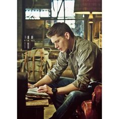Dean Winchester ❤ liked on Polyvore featuring supernatural, people, dean winchester, fandom related and jensen ackles
