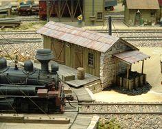 http://www.railroad-line.com/forum/data/dougcoffey1950/2006251607_Turntable3.jpg