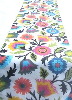 Delicieux Bold Bright Floral Table Runner Pink, Blue, Green Black, White, Yellow,
