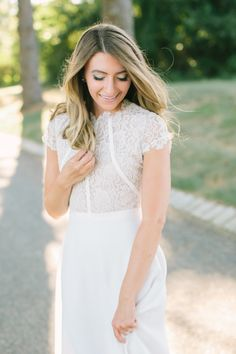 Our stunning blogger bride, Jess of Dresses By Jess! http://www.stylemepretty.com/vault/gallery/38058 | Photography: Love & Light - http://www.loveandlightphotographs.com/