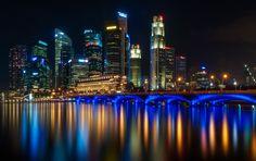 Singapore Reflections | Photo By Tomasz Huczek