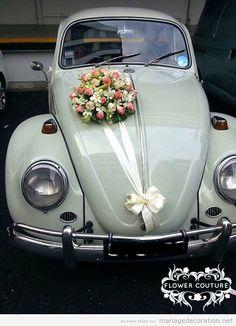 Vintage car wedding decoration 2 source from Liatberon - Wedding Car Decorations, Wedding Cars, Mexico 68, Bridal Car, Car Ornaments, Desi Wedding, Cute Cars, Bridesmaid Bouquet, Wedding Designs