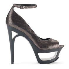 LOVE Jessica Simpson shoes. <3