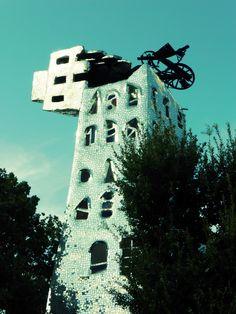 Der Tarotgarten von Niki de Saint Phalles - der Turm
