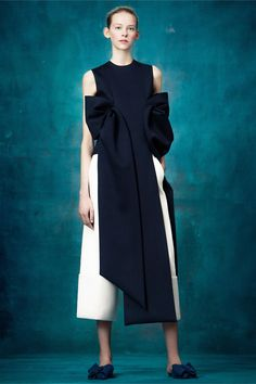 Delpozo Pre-Fall 2017 Collection Photos - Vogue