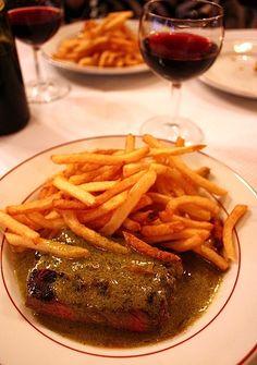 Relais d'Entrecote - serves steak frites and only steak frites