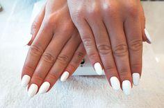 #whitenails #acrylicnails #ekstromheikkila #oslo #negleforlengelse