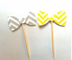 12 Yellow and Grey Chevron Bow Tie Cupcake Toppers от NikkiCrafts, $2.50