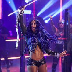 Wrestling Divas, Women's Wrestling, Wrestlemania 33, Mercedes Kaestner Varnado, Wwe Sasha Banks, Raw Women's Champion, Wwe News, Wwe Divas, Roman Reigns