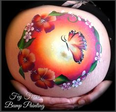 We offer professional baby bump painting / pregnancy art. Experienced body artists with a large portfolio. Based in Carterton, Witney, Oxfordshire. Bump Painting, Painting Shower, Face Painting Tutorials, Face Painting Designs, Baby Tattoos, Body Art Tattoos, Tattoo Baby Shower, Tinta Facial, Pregnancy Art