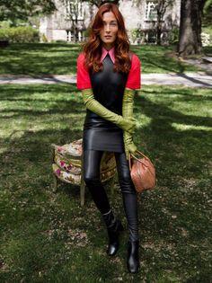 Genius styling (for once) in Vogue August 2015 maggie-rizer-by-inez-van-lamsweerde-vinoodh-matadin-for-vogue-us-august-2015-1.jpg