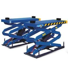Scissor Lifts come in varying sizes, shapes and types. They can be electric, hydraulic, or pneumatic, depending upon the purpose of its use. Hydraulic Car Lift, Car Hoist, Electric Scissors, Insulated Gloves, Lifted Cars, Power Unit, Automotive Industry, Body Painting, Workshop