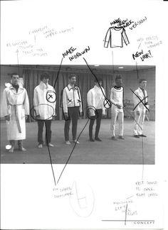 We 💕 Best Fashion Ideas Fashion Design Sketchbook, Fashion Design Portfolio, Fashion Sketches, Sketchbook Layout, Sketchbook Inspiration, Mise En Page Portfolio, Foto Fantasy, Illustration, Student Fashion