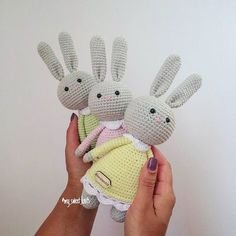 Mesmerizing Crochet an Amigurumi Rabbit Ideas. Lovely Crochet an Amigurumi Rabbit Ideas. Bunny Crochet, Easter Crochet, Free Crochet, Crochet Double, Crochet Simple, Crochet Toys Patterns, Stuffed Toys Patterns, Amigurumi Doll Pattern, Easy Crochet Projects
