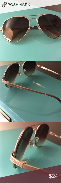 Circus by Sam Edelman sunglasses Aviator style Sam Edelman Sunglasses. Gold with light taupe enamel accents along sides. New, only worn a few times Circus by Sam Edelman Accessories Sunglasses