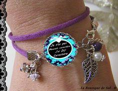 Bracelet suédine violette avec son cabochon 18 mm, humour (150616) E : Bracelet par la-boutique-de-sof