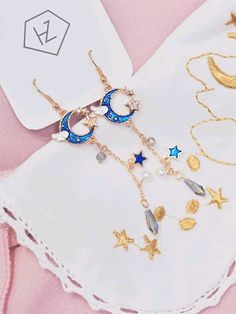 I want to see them in person. Kawaii Jewelry, Cute Jewelry, Jewelry Accessories, Fashion Accessories, Fashion Jewelry, Jewlery, Pinterest Jewelry, The Bling Ring, Cute Earrings
