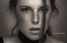 Photo Self-portrait by Laura Núñez on 500px