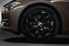BMW 3 Series Touring, 330d, Winter complete wheel sets 17'' light-alloy wheel, V-spoke 413