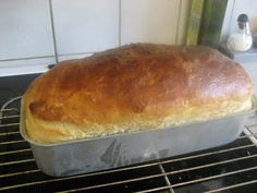 Kærnemælks franskbrød (2 jævnt store stk. i 30x10,5 cm form) og Gulerods, æble, spinat boller ca. 20 stk.
