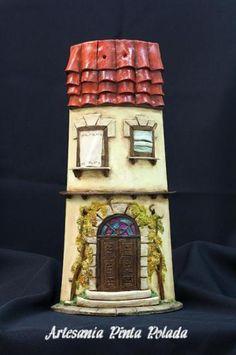 teja casa antigua con parra teja de barro cocido modelada a mano,pintada a mano
