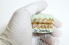 Top & bottom gold grill