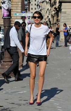 26 Fashion Photos From Beautiful Miranda Kerr