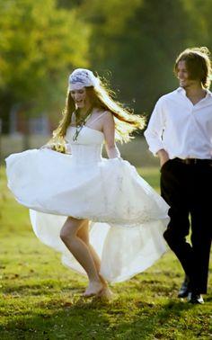 Dancing Boho bride's long down bridal hair ideas Toni Kami Wedding Hairstyles ♥ ❷ Wedding hairstyle Gatsby bandeau veil  Smile from the groom wedding photography