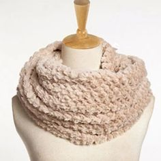 Women'S Infinity Soft Scarf In Camel