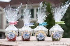 A darling way to package up cupcakes individually and for easy transport! Plus a cute tag for Teacher Appreciation! Download it free!