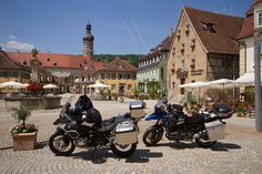 Romantic Road (Germany). 'A 350km-long  ribbon of higgledy-piggledy  walled towns  and soothing countryside.  However, it's not all medieval  quaintness; the route passes  blockbuster Harburg castle,  the Unesco-listed baroque  Wieskirche and Ludwig II's  Schloss Neuschwanstein.' http://www.lonelyplanet.com/germany/bavaria