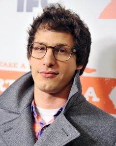 Andy Samberg / look at those glasses :)