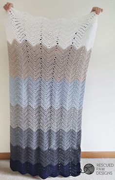 Ombre Ripple Crochet Blanket Pattern www.rescuedpawdesigns.com Click to Read or Pin and Save for Later!