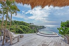 Honeymoon Escape - Villas for Rent in Tejakula - Get $25 credit with Airbnb if you sign up with this link http://www.airbnb.com/c/groberts22