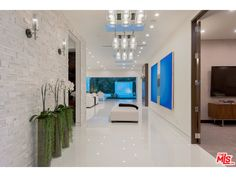 Entry Hallway | BEVERLY HILLS, CA 90210 | $7,695,000