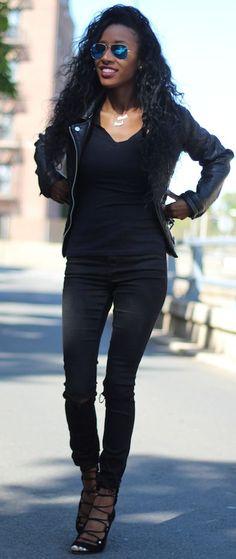 Style Nina Black Head To Toe Fall Street Style Inspo #Fashionistas