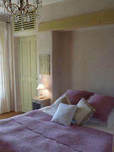Aigaliers, Mas de vacances avec 8 chambres pour 16 personnes. Réservez la location 610283 avec Abritel. Près d'Uzès - Mas en bordure d'un hameau pittoresque - prestations haut de gamme