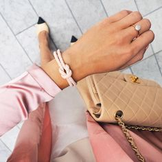 mazzotti The one and only: The bracelet from Leo Mazzotti's collection. Contact us to get yours! Only Fashion, Fashion Brand, Fashion Beauty, Female Fashion, Fashion Models, Style Fashion, 22 Carat Gold, Cute Bracelets, Nautical Fashion