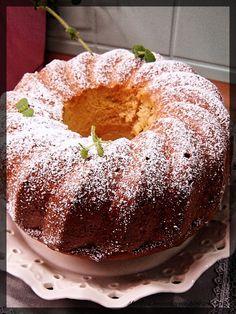 Sweet Recipes, Cake Recipes, Food Cakes, Easter Recipes, Doughnut, Sweets, Bread, Marilyn Monroe, Vans