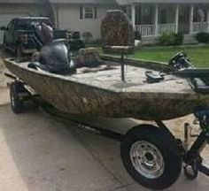 ONLY 2 HOURS !!!! Camo Duck Hunter and Fishing Boat