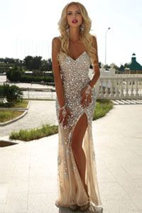 DivaShop.ro - Magazin online haine femei • rochii • pantofi • genti dama Prom Night, Prom Dresses, Formal Dresses, Glamour, Beautiful Gowns, Happily Ever After, Legs, Wedding, Inspiration