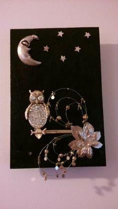 The crafty artisan Judith Cary   Jewelry art.