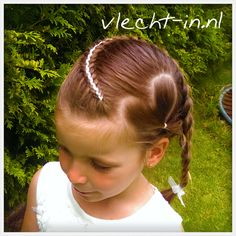 Four strand braid with ribbon. Heart hair. Vlecht-in.nl
