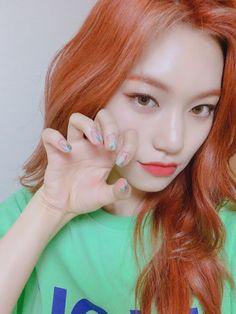 Kpop Girl Groups, Kpop Girls, K Pop, Kim Doyeon, Pre Debut, Gfriend Sowon, Girls With Red Hair, Red Velvet Seulgi, The Most Beautiful Girl