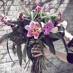 Reposting @karateandcaviar: Pretty flowers 🌸🌸💐💐