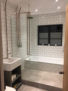 Simple Solutions To Problems With Your Plumbing – Plumbing Brick Bathroom, Copper Bathroom, Bathroom Plumbing, Tiny House Bathroom, Bathroom Interior, Interior Design Living Room, Small Bathroom, Shed Bathroom Ideas, Upstairs Bathrooms